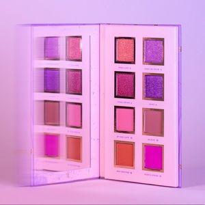 Alamar Cosmetics Spanglish Palette